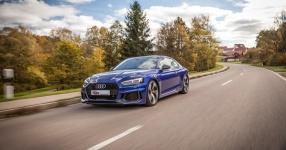 Audi RS4 und RS5: Die Ingolstädter Speerspitze in der Mittelklasse  Audi RS5, Audi RS4, RS5, RS4, Biturbo, KW Gewindefahrwerk, KW automotive, KW Gewindefahrwerk V4  Bild 816621