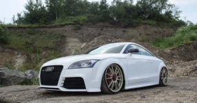Dieser Audi TTRS posiert in malerischer Kulisse!  Audi, Audi TTRS  Bild 816572