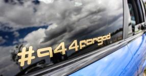 Blaues Kraftpaket: Audi RS4  Audi, RS4, Schmiederäder, Airride  Bild 815856