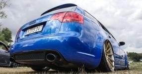 Blaues Kraftpaket: Audi RS4  Audi, RS4, Schmiederäder, Airride  Bild 815857