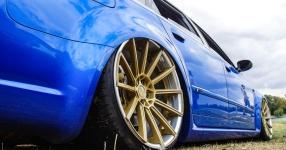 Blaues Kraftpaket: Audi RS4  Audi, RS4, Schmiederäder, Airride  Bild 815858