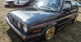 A Classic and he knows it: VW Golf II 16V    Bild 815936