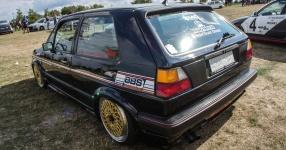 A Classic and he knows it: VW Golf II 16V    Bild 815937