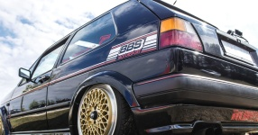 A Classic and he knows it: VW Golf II 16V    Bild 815939