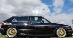 A Classic and he knows it: VW Golf II 16V    Bild 815943
