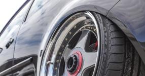 Schwarz, tief, geil: VW Golf IV am Boden    Bild 815954
