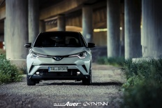 07.07.2017   Carshoot   Toyota C-HR Hybrid   Hubert Auer GmbH  07.07.2017 Carshoot Toyota C-HR Hybrid Pampersbomber 2.0 SIXTEENtoNINE SXTNTNN  Bild 813447