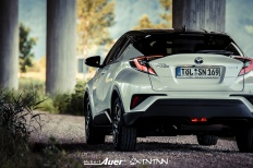 07.07.2017   Carshoot   Toyota C-HR Hybrid   Hubert Auer GmbH  07.07.2017 Carshoot Toyota C-HR Hybrid Pampersbomber 2.0 SIXTEENtoNINE SXTNTNN  Bild 813452