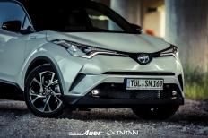 07.07.2017   Carshoot   Toyota C-HR Hybrid   Hubert Auer GmbH  07.07.2017 Carshoot Toyota C-HR Hybrid Pampersbomber 2.0 SIXTEENtoNINE SXTNTNN  Bild 813477