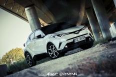 07.07.2017   Carshoot   Toyota C-HR Hybrid   Hubert Auer GmbH  07.07.2017 Carshoot Toyota C-HR Hybrid Pampersbomber 2.0 SIXTEENtoNINE SXTNTNN  Bild 813480