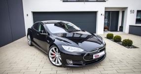 KW bietet Tesla Model S Gewindefahrwerk an