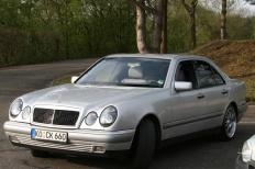 Mercedes Benz E-KLASSE (W210) 05-1996 von camay  4/5-Türer, Mercedes Benz, E-KLASSE (W210)  Bild 107239